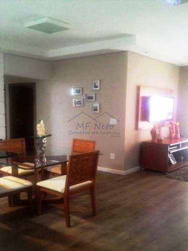Apartamento, código 102700 em Pirassununga, bairro Centro