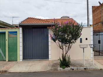 Casa, código 102500 em Pirassununga, bairro Jardim Morumbi