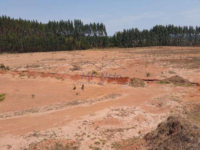 Área Comercial em Tambaú, no bairro Distrito Industrial Spiga Real