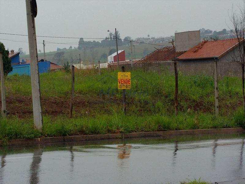 Terreno Comercial em Pirassununga, bairro Jardim Treviso