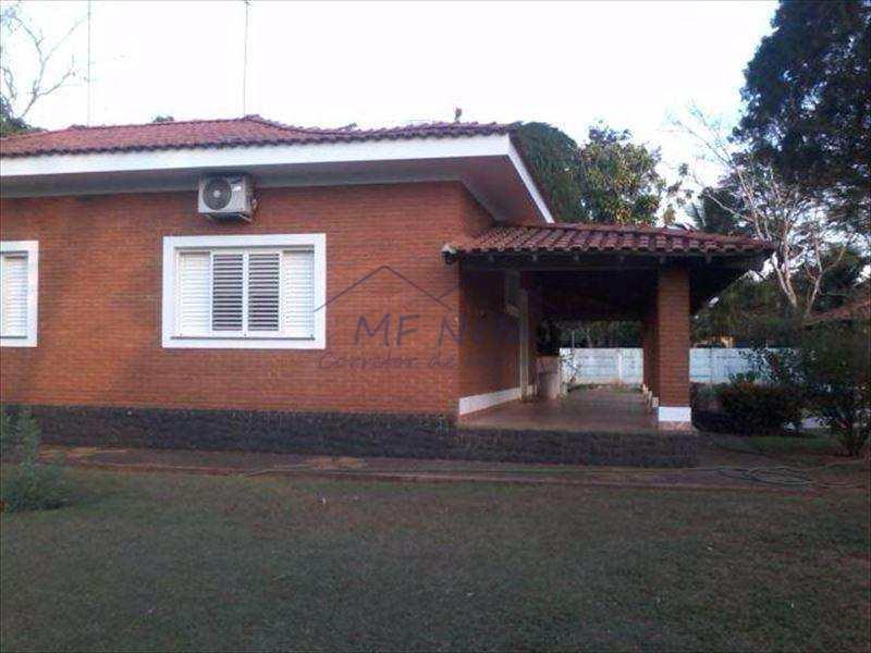 Chácara em Santa Rita do Passa Quatro, no bairro Zona Rural