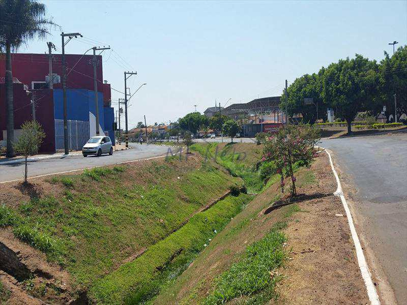 Galpão em Tambaú, no bairro Jardim Elite