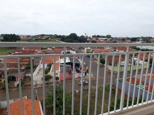 Apartamento, código 10130300 em Pirassununga, bairro Vila Paulista