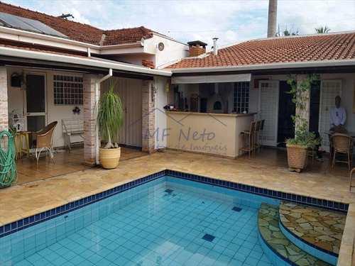 Casa, código 10121400 em Pirassununga, bairro Cidade Jardim
