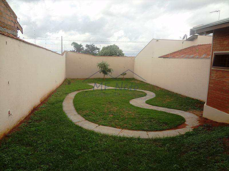 Terreno em Pirassununga, bairro Jardim Itália