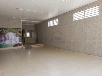 Salão, código 78000 em Pirassununga, bairro Centro