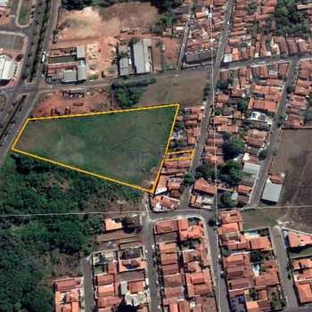 Área Comercial em Pirassununga, bairro Jardim do Lago