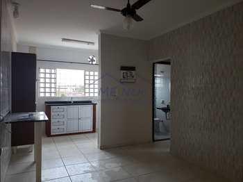 Apartamento, código 51900 em Pirassununga, bairro Loteamento Verona