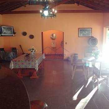 Chácara em Santa Rita do Passa Quatro, bairro Bandeirantes