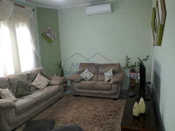 Casa, código 10130000 em Pirassununga, bairro Jardim Itália