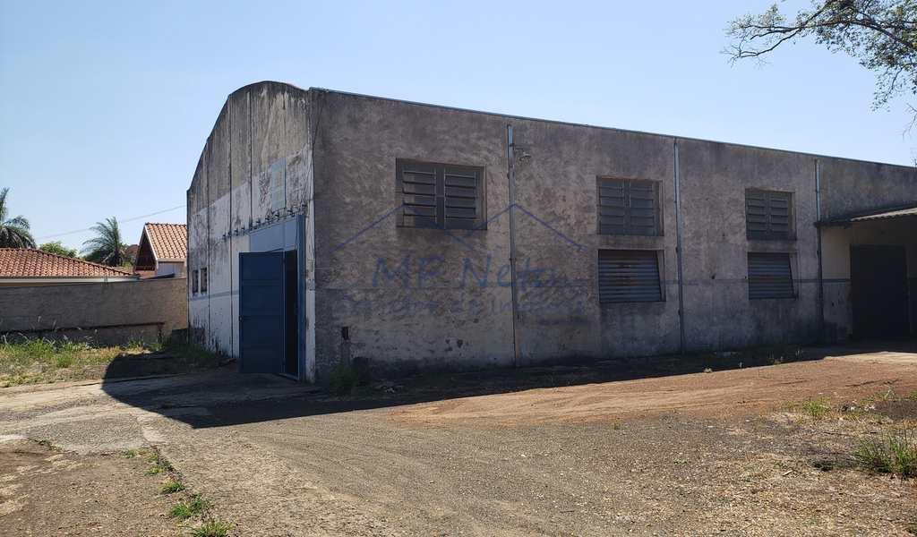 Armazém ou Barracão em Pirassununga, bairro Vila Santa Terezinha