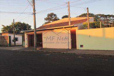 Casa, código 14600 em Pirassununga, bairro Vila Brasil