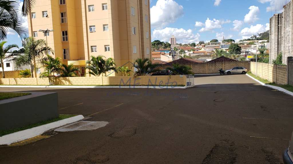 Apartamento em Pirassununga, no bairro Jardim Rosim