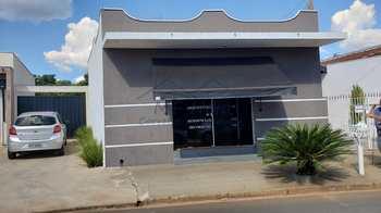 Sala Comercial, código 12100 em Pirassununga, bairro Centro