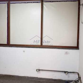 Salão em Pirassununga, bairro Vila Nova