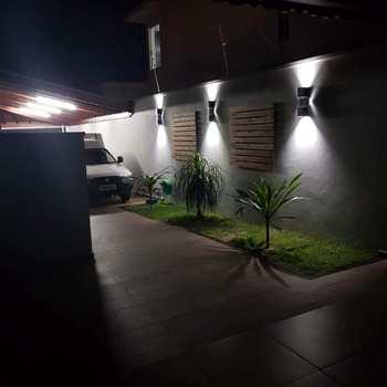 Sobrado em Pirassununga, bairro Jardim Terras de San José