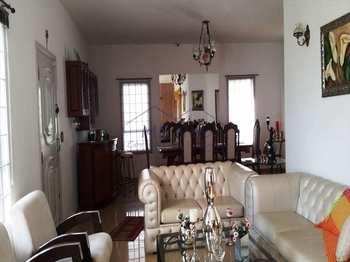 Casa, código 23600 em Pirassununga, bairro Cidade Jardim