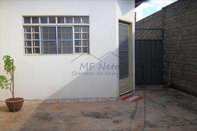 Casa, código 19300 em Pirassununga, bairro Jardim Verona II