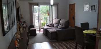 Apartamento, código 18900 em Pirassununga, bairro Jardim Rosim