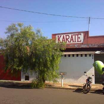 Salão em Pirassununga, bairro Jardim Morumbi