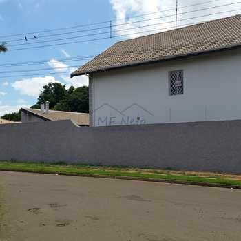 Sobrado em Pirassununga, bairro Cidade Jardim