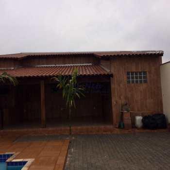 Casa em Pirassununga, bairro Jardim Kanebo