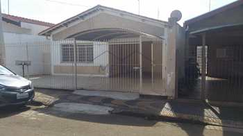 Casa, código 10131465 em Pirassununga, bairro Vila Santa Terezinha