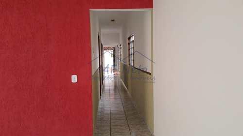 Casa, código 10131508 em Pirassununga, bairro Vila Malaquias