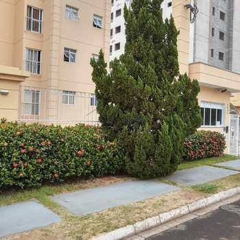 Apartamento em Pirassununga, bairro Jardim Rosim