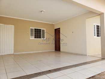 Casa, código 10131533 em Pirassununga, bairro Jardim dos Ipês