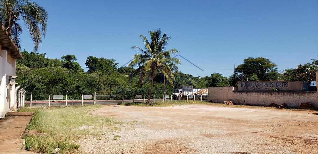 Prédio em Pirassununga, no bairro Vila Urupês