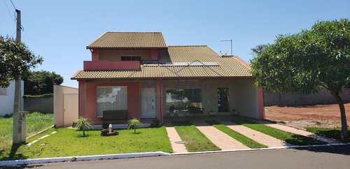 Sobrado de Condomínio, código 10131570 em Pirassununga, bairro Jardim Primavera