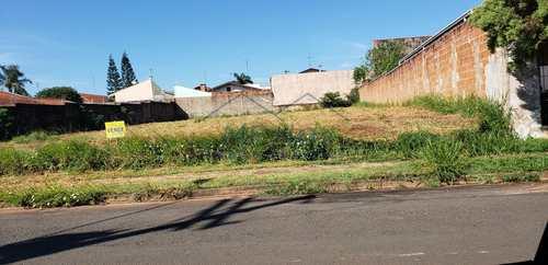 Terreno, código 10131588 em Pirassununga, bairro Cidade Jardim