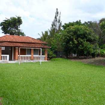 Chácara em Santa Rita do Passa Quatro, bairro Flamboyant