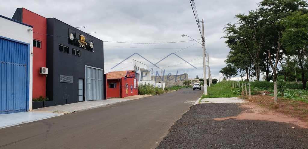 Galpão em Pirassununga, no bairro Jardim Kanebo