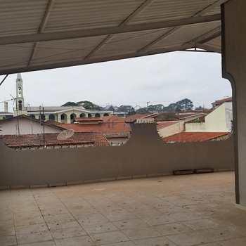 Sobrado em Pirassununga, bairro Vila Pinheiro