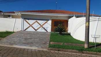 Casa, código 10131648 em Pirassununga, bairro Cidade Jardim