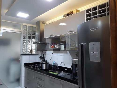 Apartamento, código 10131650 em Pirassununga, bairro Jardim Carlos Gomes