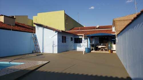 Casa, código 10131714 em Pirassununga, bairro Parque Clayton Malaman