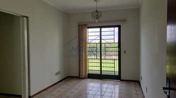 Apartamento, código 10131756 em Pirassununga, bairro Vila Paulista