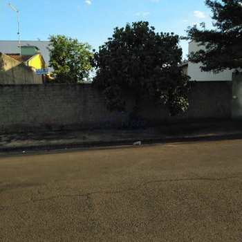 Terreno em Pirassununga, bairro Jardim Santa Rita