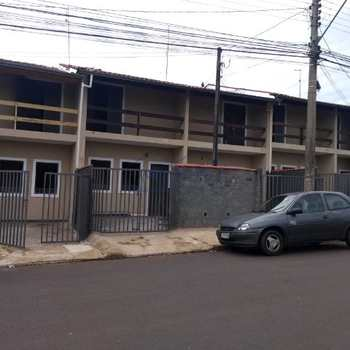 Sobrado em Pirassununga, bairro Jardim Margarida