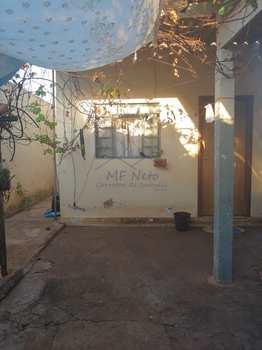 Casa, código 10131857 em Pirassununga, bairro Vila São Pedro