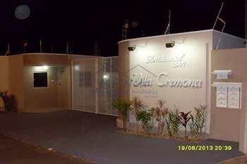 Apartamento, código 10131867 em Pirassununga, bairro Vila Cremona