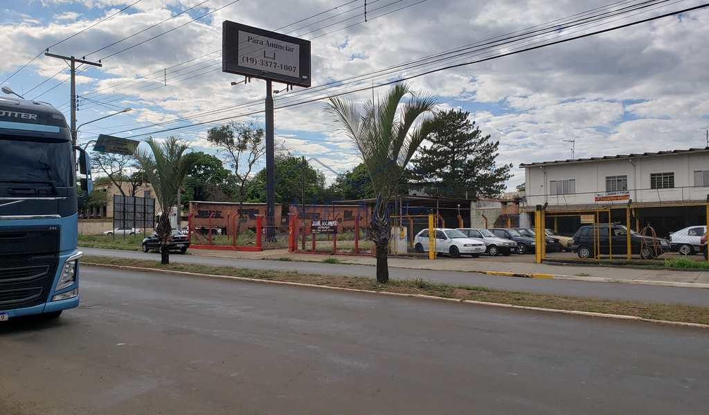 Prédio Comercial em Pirassununga, bairro Jardim Europa