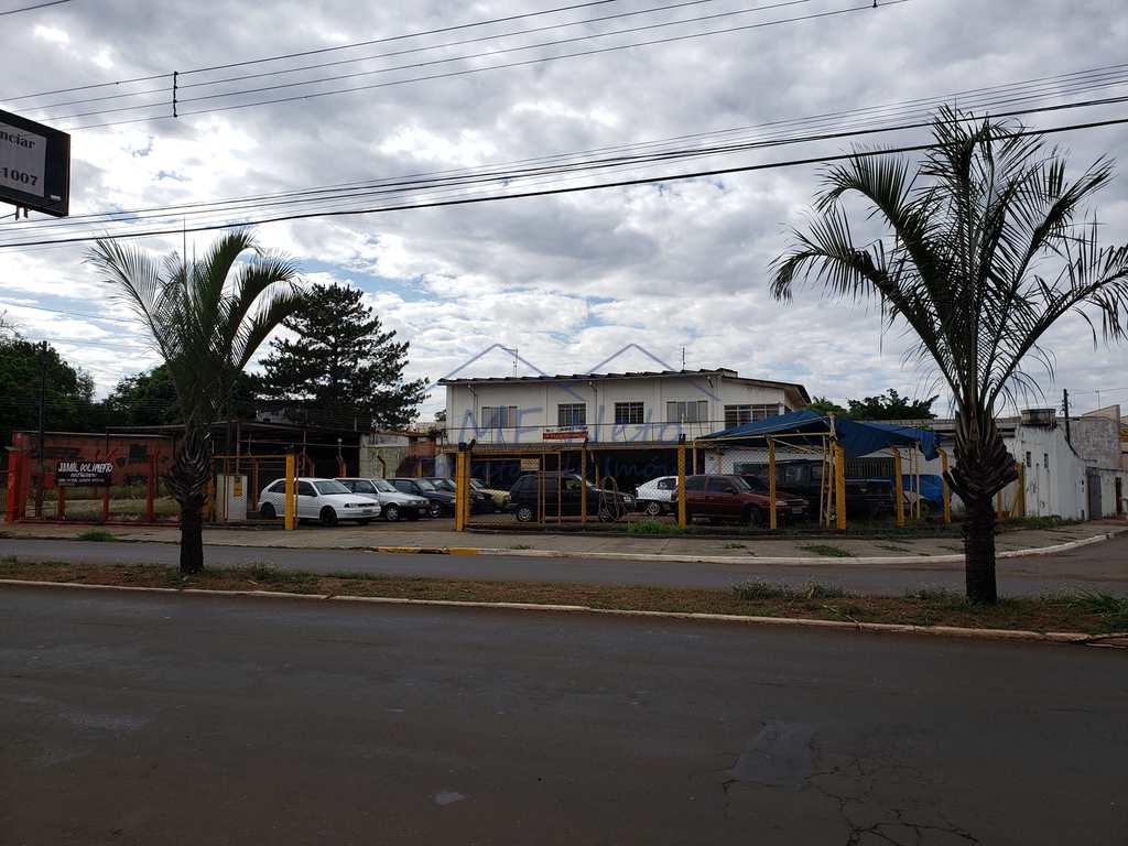 Prédio Comercial em Pirassununga, no bairro Jardim Europa