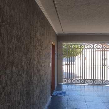 Casa em Pirassununga, bairro Parque Clayton Malaman