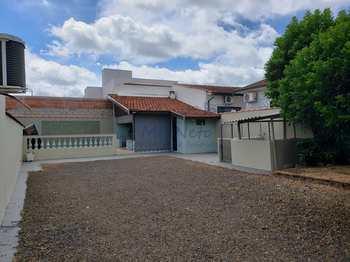 Casa, código 10131922 em Pirassununga, bairro Jardim Primavera