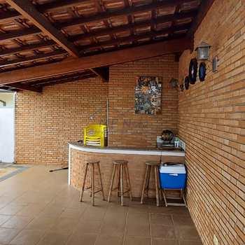 Casa em Pirassununga, bairro Jardim Kamel