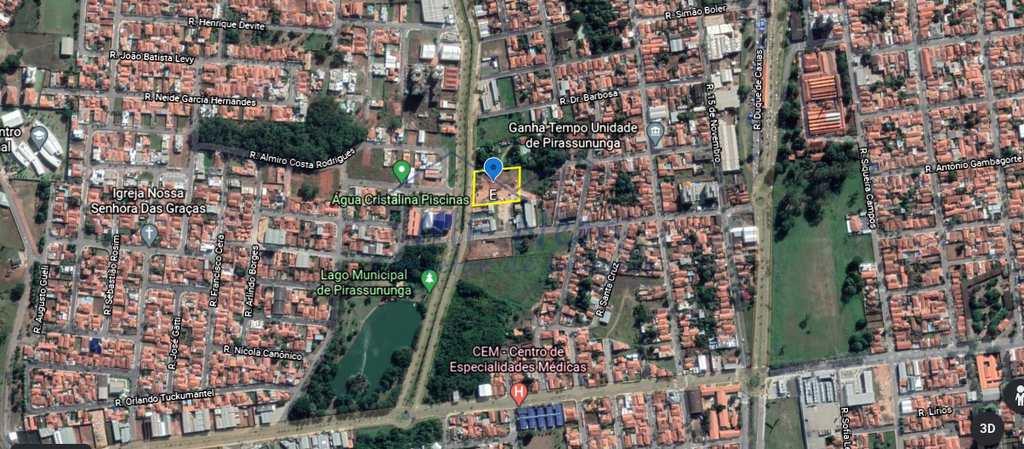 Área Comercial em Pirassununga, no bairro Centro